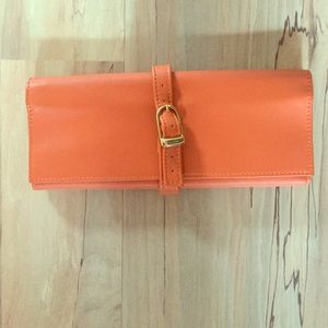 Accessories - Beautiful leather jewelry carrying case