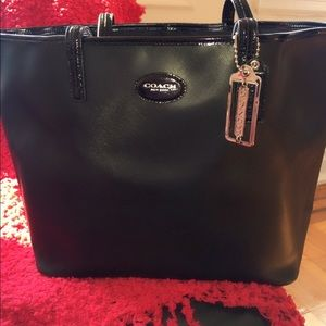 Make An OfferAuth NWT  Large Coach Bag