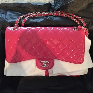 FINAL PRICEAUTHENTIC JUMBO FUSCIA CHANEL