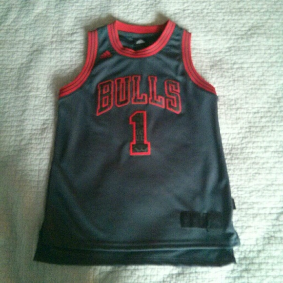 low priced 7c7af 9f5ff Adidas youth Derrick Rose Chicago Bulls jersey