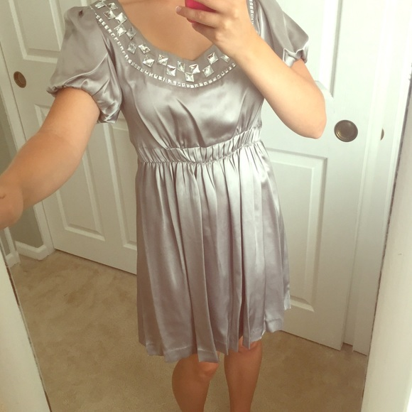 Kensie Dresses & Skirts - Stunning silver glam dress