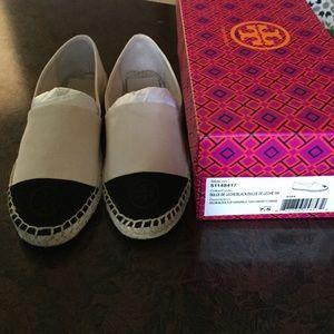 dcca18dec9d1 Tory Burch Shoes - NIB Tory Burch Cap Toe Espadrilles 🆕