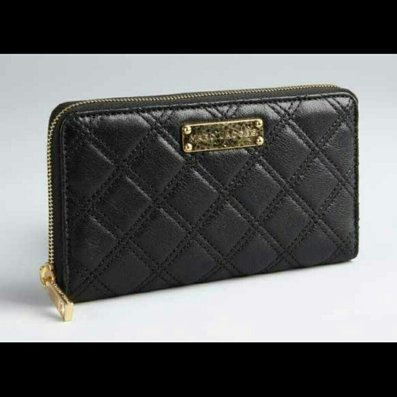 53% off Marc Jacobs Handbags - D/C. Marc Jacobs Quilted Black ... : marc jacobs quilted wallet - Adamdwight.com