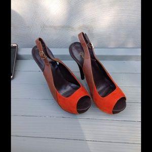 Qupid Shoes - Qupid Rust & Brown Platform Heels. size 10 NWOT