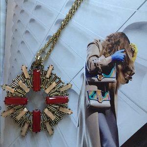 prima donna Jewelry - Prima Donna Necklace in Gold Tone