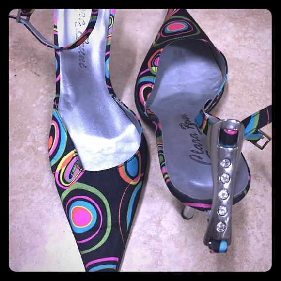 Fun sandal