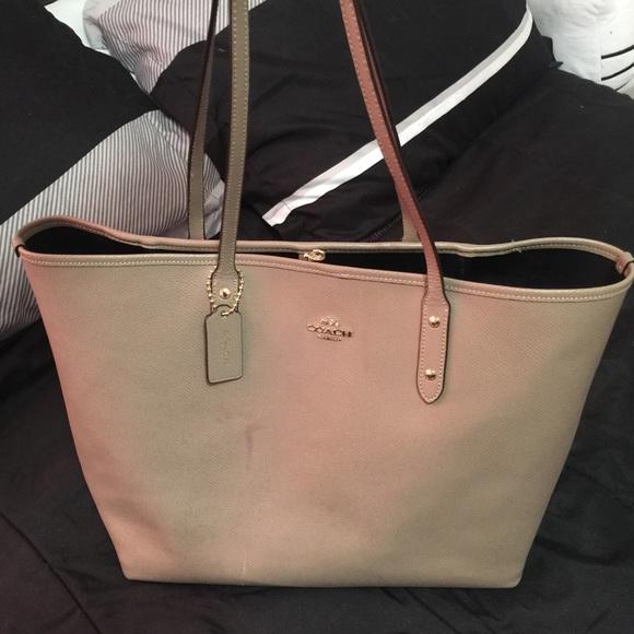631c60fac288 Coach Handbags - Used Large Coach Tote bag