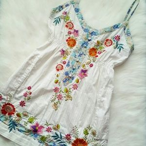 3J Tops - White Floral Embroidered Tunic / Top