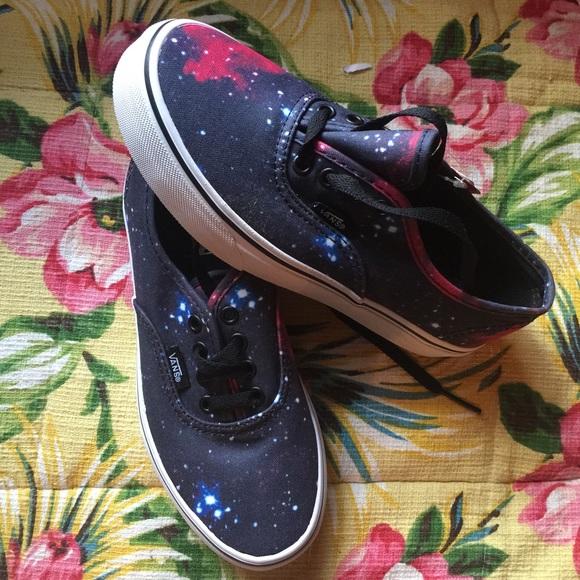vans shoes size 3