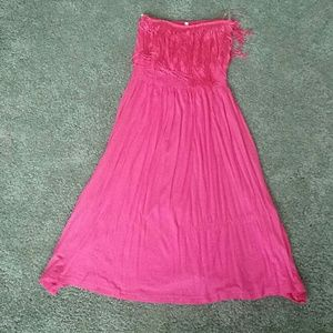 Dresses & Skirts - Strapless pink fringe dress