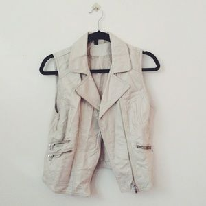 H&M Outerwear - Faux Leather Vest