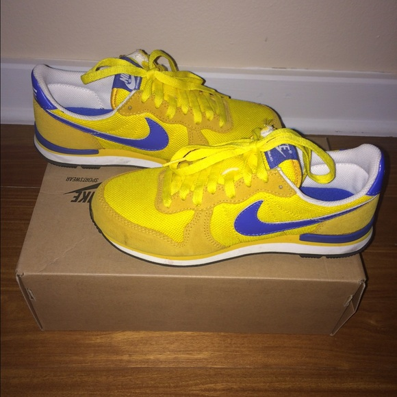 hot sale online 1d8f7 9fb13 Nike Internationalist 6 Yellow Royal Blue Sneakers.  M55de7d91feba1fa2a600923c