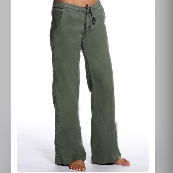 48% off Free People Pants - Bundle・Olive Green Linen Pants・ from ...