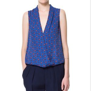 Printed low v front Zara top