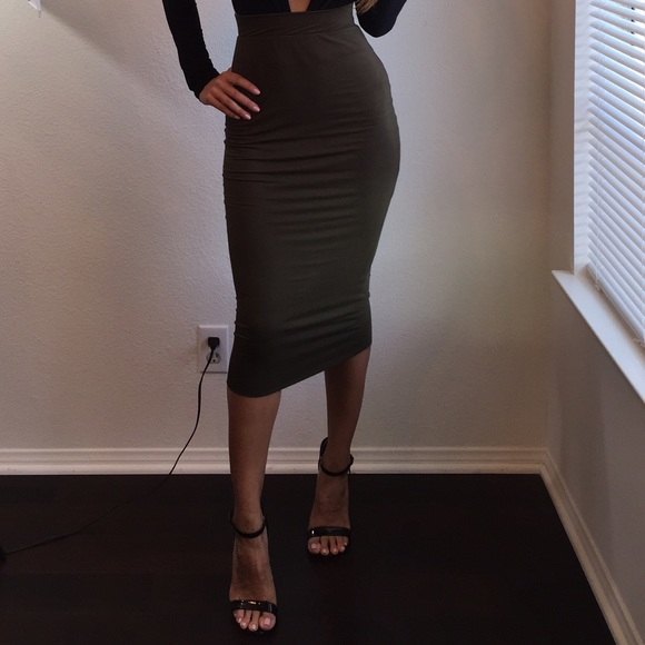 10% off Dresses & Skirts - Olive green fitted double lined midi ...