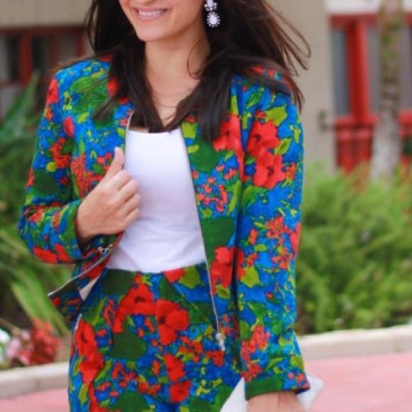 New Zara Multicolor Floral Print Zip Up Jacket M