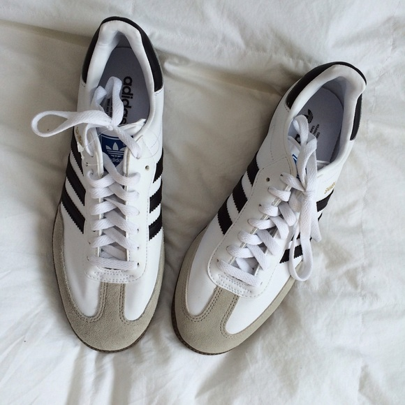 free shipping d90e2 5ab43 Brand new Adidas samba