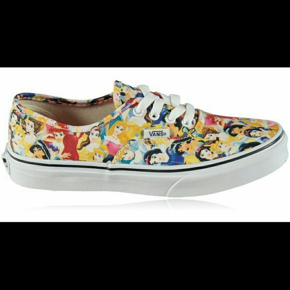 dd1045a710 NWT Vans Disney Women s 8.5 Multi Princess Shoes