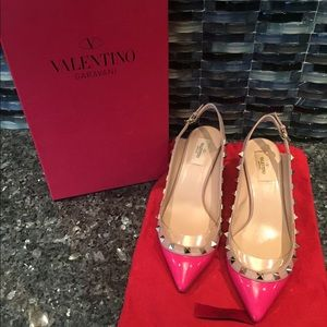 Size 40 Valentino hot pink Rockstud Low heels