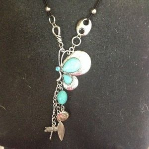 Jewelry - Turquoise like stone necklace new