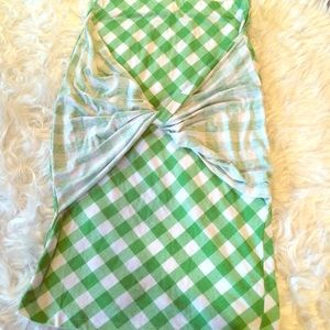 Green and white checked pencil skirt.
