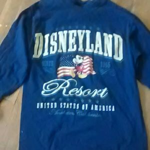 Tops - Long sleeved Disney shirt