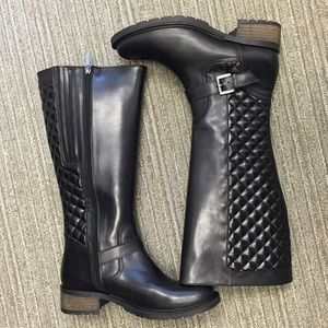 Shoes - Quilted moto boots
