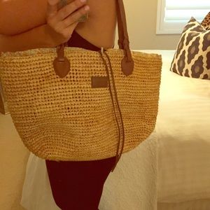 Max & Co. Other - Max & Co straw beach bag
