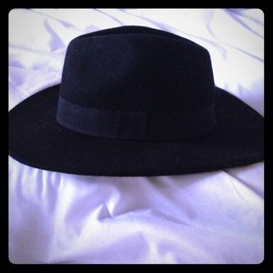 4f7fa8d7c80ae ... 100% Wool black hat!