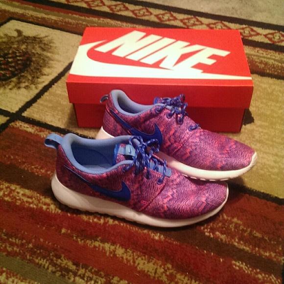 Nike Shoes 1 Hour Salewomensgirls Roshe Runs Poshmark