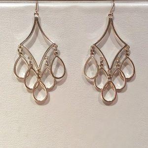 Express - chandelier drop earrings Ⓜ️