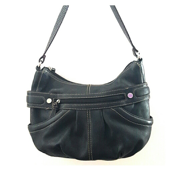 cfcafff4d4c8 Tignanello Black Leather Shoulder Bag. M 55e0685fc2845671ad0033de