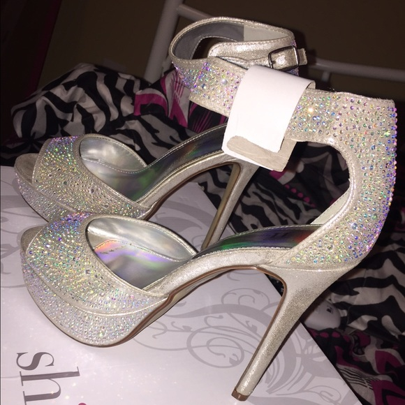 a4c484e973c diamond prom / homecoming high heels