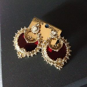 Jewelry - Large red and gold earrings. Boho