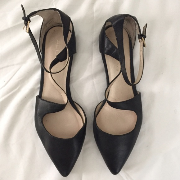 4f5a8c4a119 ALDO Shoes - Black Strappy ALDO Pointy Flats