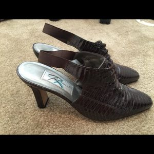 Size 10 1/2 WW snakeskin look leather brown heels