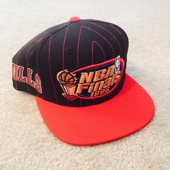 2e742edf19c Mitchell   Ness Chicago Bulls 1996 NBA Finals Hat.  M 55e0c87241b4e03b6b000438