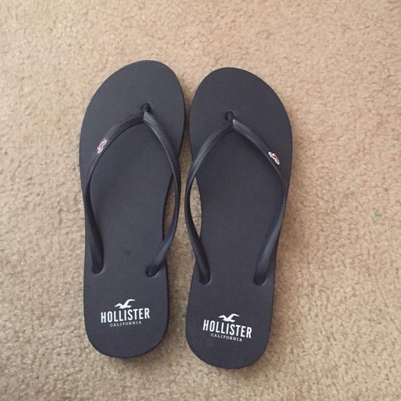 c845cf4c449 Hollister Shoes - Soft squishy hollister flip flops