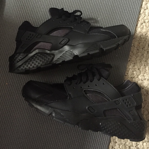 All Black Huaraches Kids