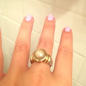 Pearl David yurman ring size 6