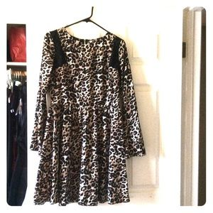 Leopard print nice dress  -like new