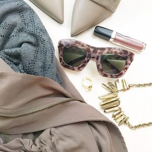 Cheap Monday Accessories - Oversized Taupe Tortoise Sunglasses