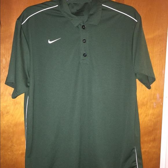 Nike men nike forest green polo shirt large from april 39 s for Forest green polo shirts