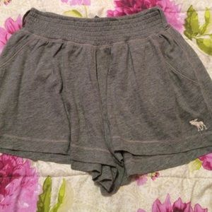 Abercrombie kids shorts size large