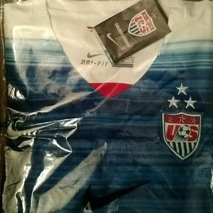 Nike Tops - Womens USA Nike World Cup Soccer Jersey *Sam*