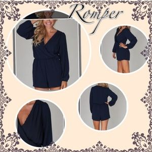 Romper navy blue large