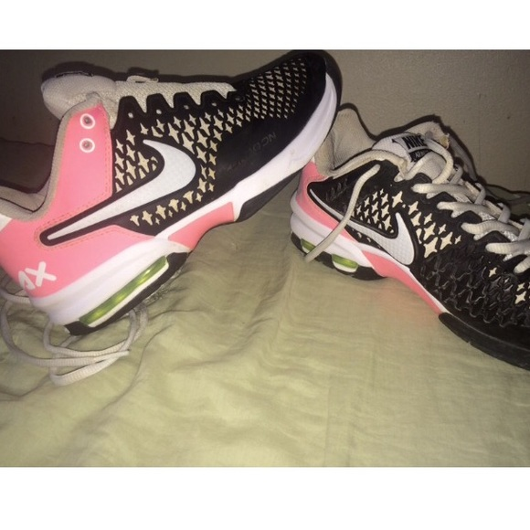 size 40 576dc af548 Nike Air Max Cage Dragon. M 55e23326c6c79507d6007312