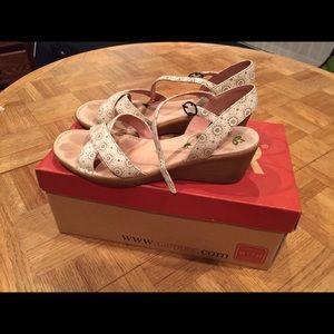 Camper Shoes - Camper Catalina Napa Pau Natural sandals sz 38/8