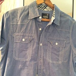 Modern culture Blue shirt for man