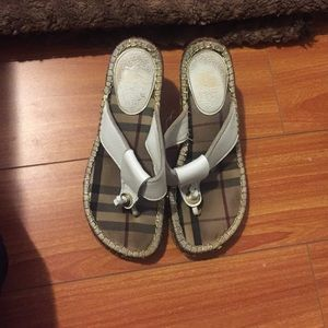 Authentic white Burberry thong sandals